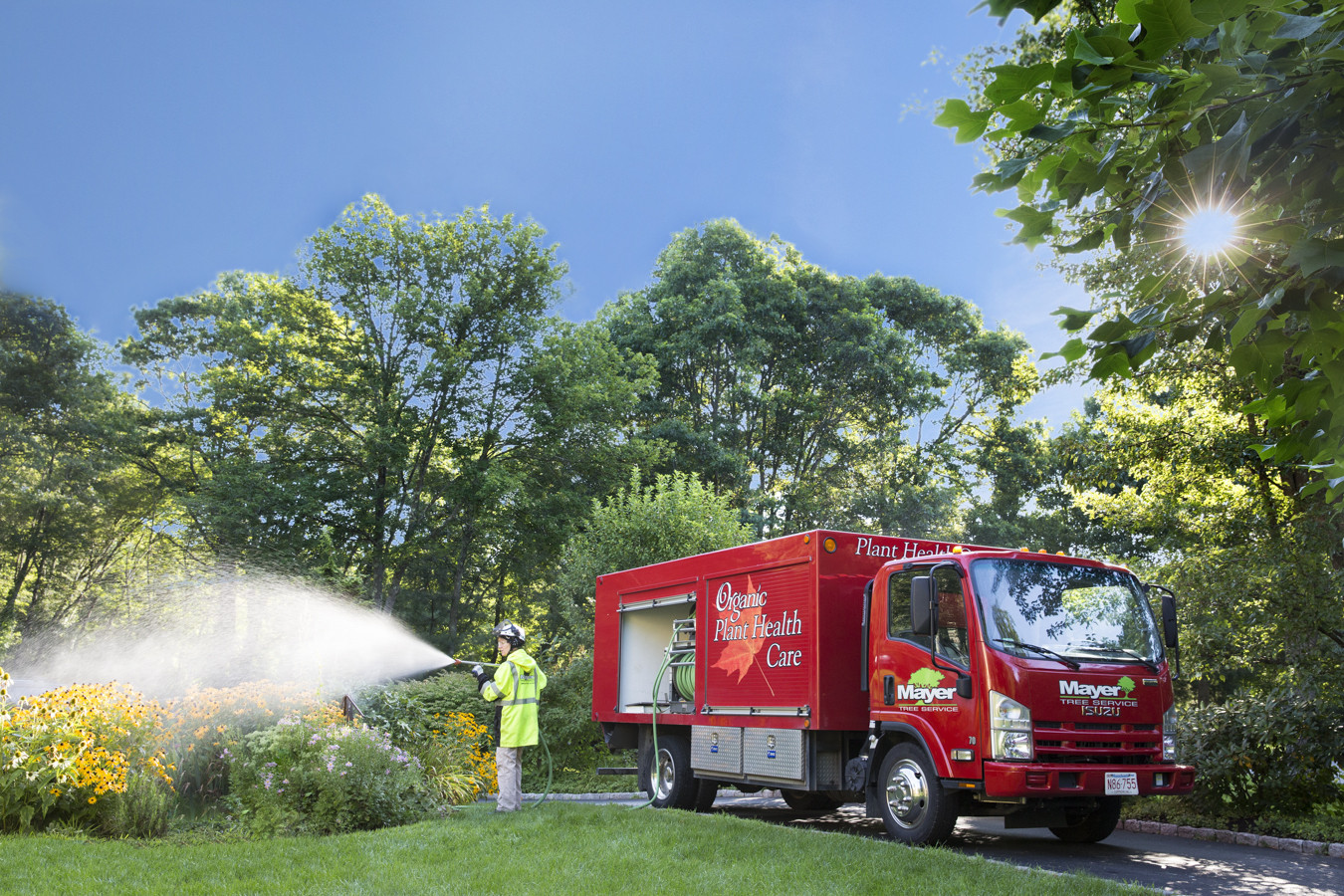 plant-health-care-truck-spray
